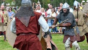 Под Столбцами прошел фестиваль исторической реконструкции эпохи раннего Средневековья