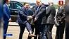 Вице-губернатор Луизианы встретил президента США в носках с его портретом  Віцэ-губернатар Луізіяны сустрэў прэзідэнта ЗША ў шкарпэтках з яго партрэтам
