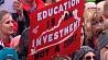 В США - масштабные акции протеста учителей У ЗША - маштабныя акцыі пратэсту настаўнікаў