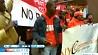 Работники американских закусочных быстрого питания проводят забастовки Працаўнікі амерыканскіх закусачных хуткага харчавання праводзяць забастоўкі