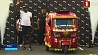 Восьмикратный олимпийский чемпион Усейн Болт обогнал мототакси Васьміразовы алімпійскі чэмпіён Усейн Болт абагнаў мотатаксі