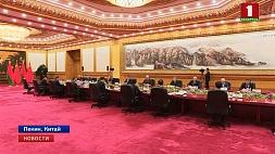 В Пекине прошли переговоры Александра Лукашенко с Си Цзиньпином У Пекіне прайшлі перамовы Аляксандра Лукашэнкі з Сі Цзіньпінам Talks between Alexander Lukashenko and Xi Jinping held in Beijing