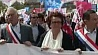 В Париже десятки тысяч человек против политики президента Франсуа Олланда У Парыжы дзясяткі тысяч чалавек супраць палітыкі прэзідэнта Франсуа Аланда