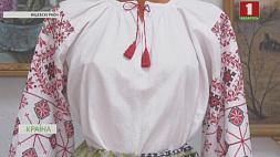 Рукодельницы Витебского района воссоздают традиционные наряды северного региона Беларуси Рукадзельніцы Віцебскага раёна ўзнаўляюць традыцыйныя ўборы паўночнага рэгіёна Беларусi