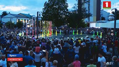 Брест отмечает 75-летие со Дня освобождения и День города