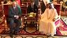 В Дубае состоялись запланированные переговоры Президента Беларуси с премьер-министром ОАЭ У Дубаі адбыліся запланаваныя перамовы Прэзідэнта Беларусі з прэм'ер-міністрам ААЭ President of Belarus holds talks with UAE Prime Minister in Dubai