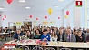 В прошедшие выходные школы и гимназии гостеприимно встречали своих выпускников У мінулыя выхадныя школы і гімназіі гасцінна сустракалі сваіх выпускнікоў