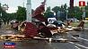 В районе Запорожской площади порывом ветра снесло крышу частного дома У раёне Запарожскай плошчы парывам ветру сарвала дах прыватнага дома