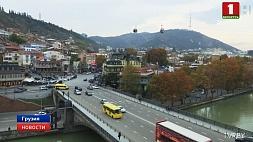 В Тбилиси сегодня пройдет митинг против присутствия в стране военной базы НАТО У Тбілісі сёння пройдзе мітынг супраць прысутнасці ў краіне ваеннай базы НАТА
