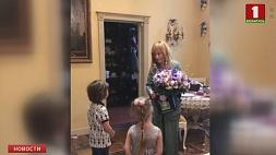 Самые трогательные подарки на юбилей Алла Пугачева получила от своих детей Самыя кранальныя падарункі на юбілей Ала Пугачова атрымала ад сваіх дзяцей