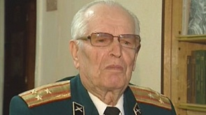 Полковник в отставке Леонид Шах. Именно он охранял небо над Минском в далекие 40-ые и стоял у истоков развития радиолокации.