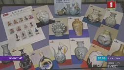 Рай для филателистов. В Витебске экспонируют марки страны чучхе Рай для філатэлістаў. У Віцебску экспануюць маркі краіны чучхэ Philatelist's paradise:  North Korean stamps exhibited in Vitebsk