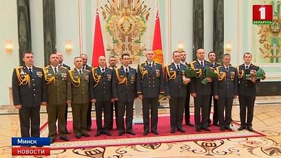 Президент Беларуси: Решающую роль в повышении боеспособности наших Вооруженных сил играют военные кадры