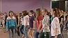 В футбольном манеже проходят репетиции молодежно-спортивного шествия У футбольным манежы праходзяць рэпетыцыі маладзёжна-спартыўнага шэсця
