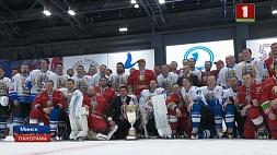 Команда Президента в 10-й раз выигрывает республиканские соревнования по хоккею среди любителей Каманда Прэзідэнта 10 раз выйграе рэспубліканскія спаборніцтвы па хакеі сярод аматараў Hockey team of  President wins amateur cup for the  10th time